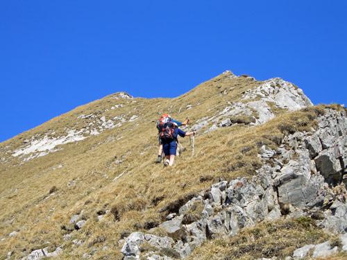 Foto: vince 51 / Wander Tour / Von Wengle auf den Plattberg / Gipfelgrat / 30.04.2007 23:36:19