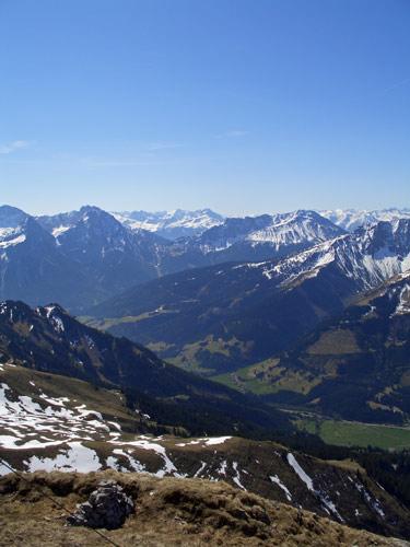 Foto: vince 51 / Wandertour / Von Wengle auf den Plattberg / 30.04.2007 23:37:49