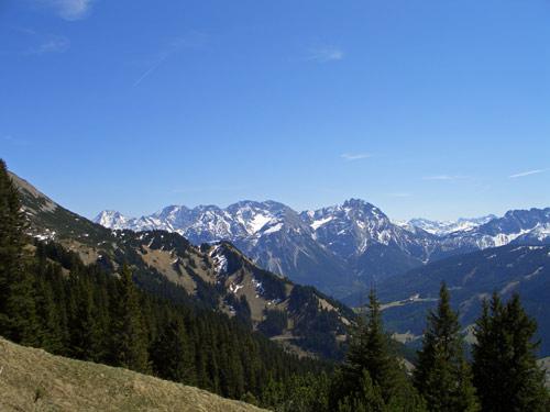 Foto: vince 51 / Wandertour / Von Wengle auf den Plattberg / 30.04.2007 23:38:28