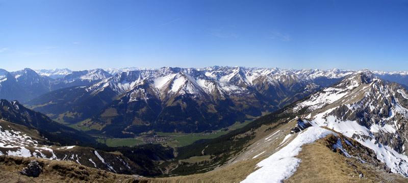 Foto: vince 51 / Wandertour / Von Wengle auf den Plattberg / 30.04.2007 23:38:40