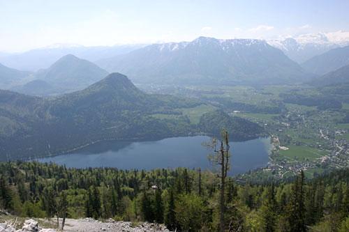Foto: Lenswork.at / Ch. Streili / Wander Tour / Rund um den Altausseer See / Blick zum Altausseer See von der Loser Panorama Strasse / 03.05.2007 13:50:47