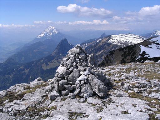 Foto: Andreas Koller / Wandertour / Angererkogel - Runde (2114 m) / Blick vom Nazogl nach W / 02.05.2007 22:02:11