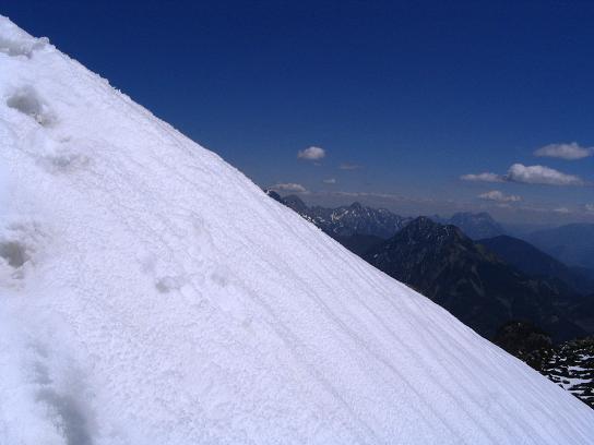 Foto: Andreas Koller / Wandertour / Angererkogel - Runde (2114 m) / Die steilste Stelle im Anstieg auf den Angererkogel / 02.05.2007 21:57:21