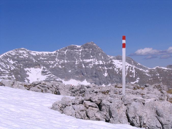 Foto: Andreas Koller / Wandertour / Angererkogel - Runde (2114 m) / Aufstieg auf den Angererkogel mit Warscheneck (2389 m) / 02.05.2007 21:54:01