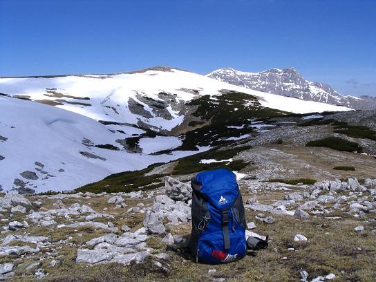 Foto: Andreas Koller / Wandertour / Angererkogel - Runde (2114 m) / Blick vom Nazogl nach W zum Angererkogel und Warscheneck (2389 m) / 02.05.2007 22:03:39
