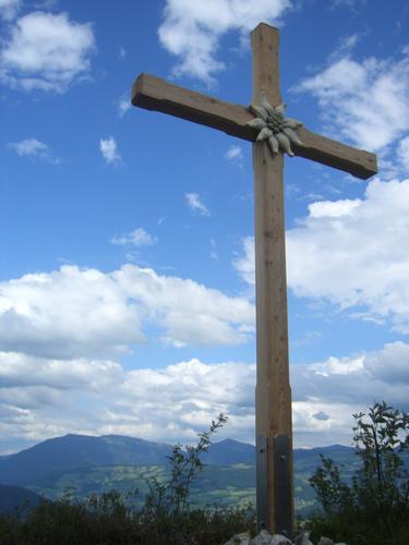 Foto: max1005 / Wander Tour / Auf den Kleinen und Großen Barmstein / Gipfelkreuz am Großen Barmstein / 17.06.2007 12:25:22