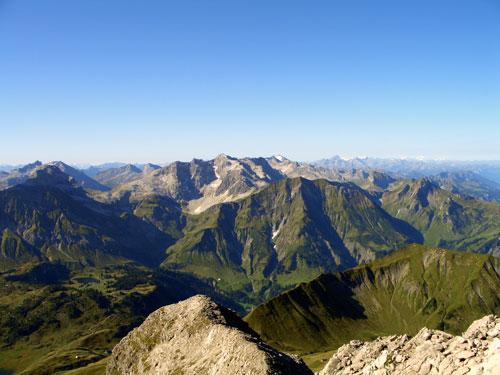 Foto: vince 51 / Wander Tour / Von Hochkrumbach auf den Grossen Widderstein / 04.05.2007 22:40:48