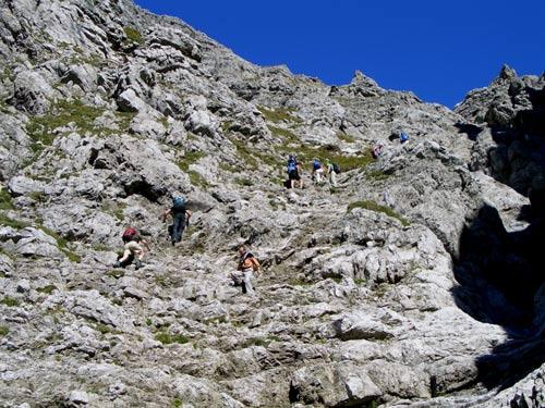 Foto: vince 51 / Wander Tour / Von Hochkrumbach auf den Grossen Widderstein / in der Südschlucht / 04.05.2007 22:35:29