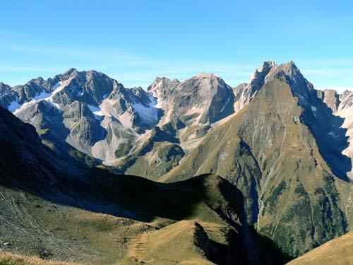 Foto: vince 51 / Wander Tour / Wanderung zur Memminger Hütte / Blick von der Memminger Hütte nach Südwesten zur Freispitze / 19.06.2007 17:19:50