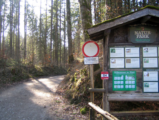 Foto: letsgoactive / Mountainbike Tour / Rund um den Untersberg / Hier gibt´s schon mehr Taferl als im Strassenverkehr. / 06.05.2007 17:11:59