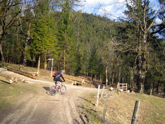 Foto: letsgoactive / Mountainbike Tour / Rund um den Untersberg / 06.05.2007 17:19:17