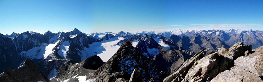 Foto: vince 51 / Wandertour / Von Gries im Sulztal auf den Hohen Seeblaskogel (3235m) / Blick nach Süden / 06.05.2007 17:12:36