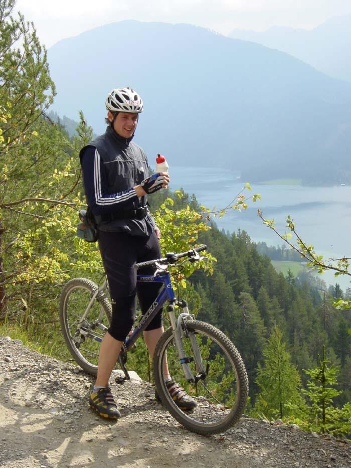 Foto: Corinna Mößlacher / Mountainbike Tour / Weiße Wand - Alm hinterm Brunn - Weissensee / 10.05.2007 11:58:12