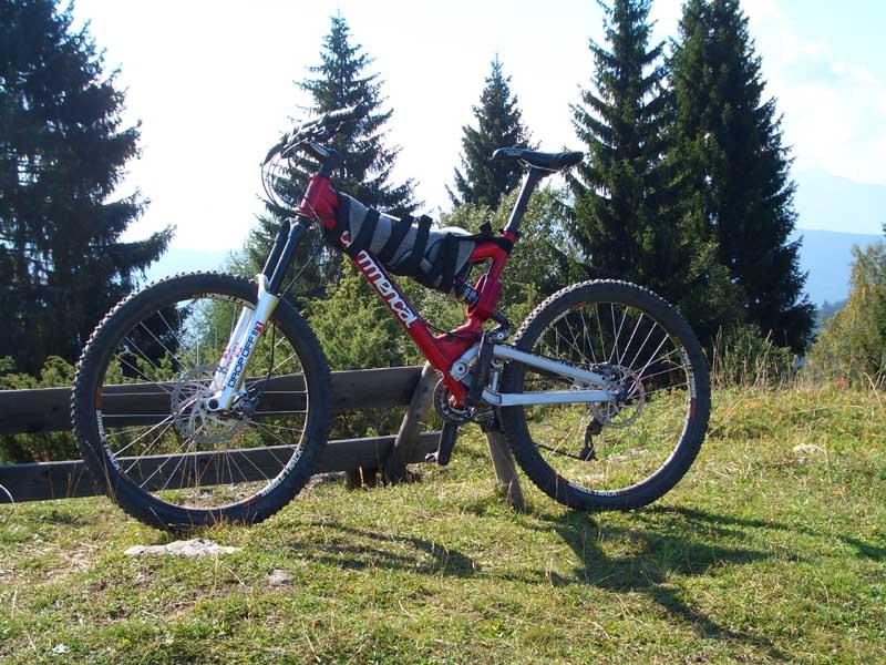 Foto: Corinna Mößlacher / Mountainbike Tour / Große Seerunde - Weissensee / 11.05.2007 15:16:12