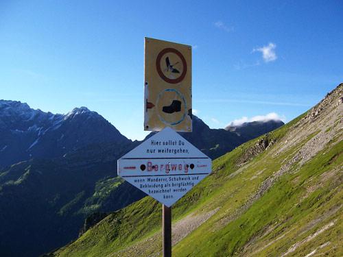 Foto: vince 51 / Wander Tour / Zwei-Gipfel-Rundtour / berechtigter Hinweis / 11.05.2007 23:26:36