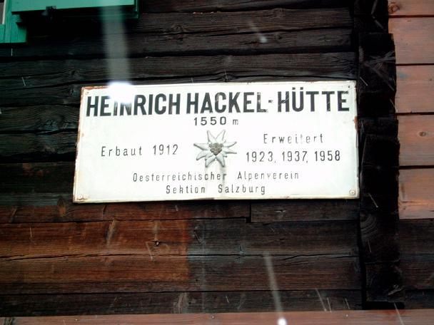 Foto: Andreas Koller / Wandertour / Über die Werfener Hütte auf Streitmandl und Eiskögel (2378  m) / Bei der Hacklhütte / 15.05.2007 00:55:05