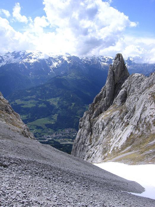 Foto: Andreas Koller / Wander Tour / Bleikogel - Runde (2411 m) / Das Throntal mit Fieberhörner / 15.05.2007 01:16:47