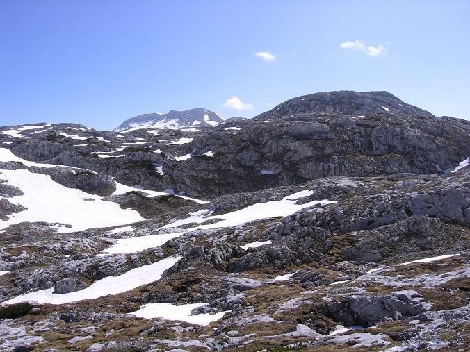 Foto: Andreas Koller / Wander Tour / Bleikogel - Runde (2411 m) / Auf dem Hochplateau mit Bleikogel / 15.05.2007 01:21:17