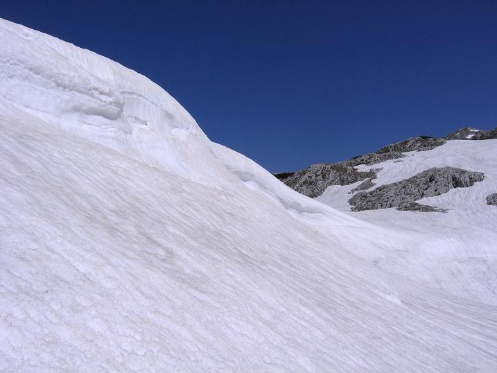 Foto: Andreas Koller / Wander Tour / Bleikogel - Runde (2411 m) / Am Hochplateau / 15.05.2007 01:21:39