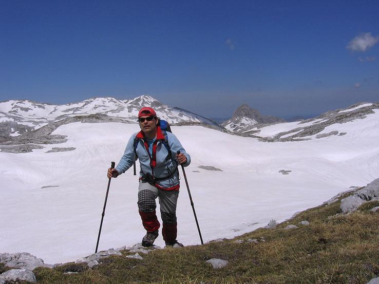 Foto: Andreas Koller / Wander Tour / Bleikogel - Runde (2411 m) / Wiederanstieg zum Bleikogel / 15.05.2007 01:22:21