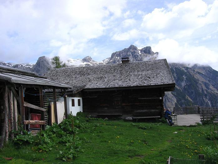 Foto: Andreas Koller / Wander Tour / Bleikogel - Runde (2411 m) / Die Wenger Alm / 15.05.2007 01:13:53