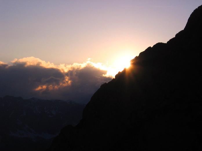 Foto: Andreas Koller / Wander Tour / Bleikogel - Runde (2411 m) / Sonnenuntergang bei der Werfener Hütte / 15.05.2007 01:15:41