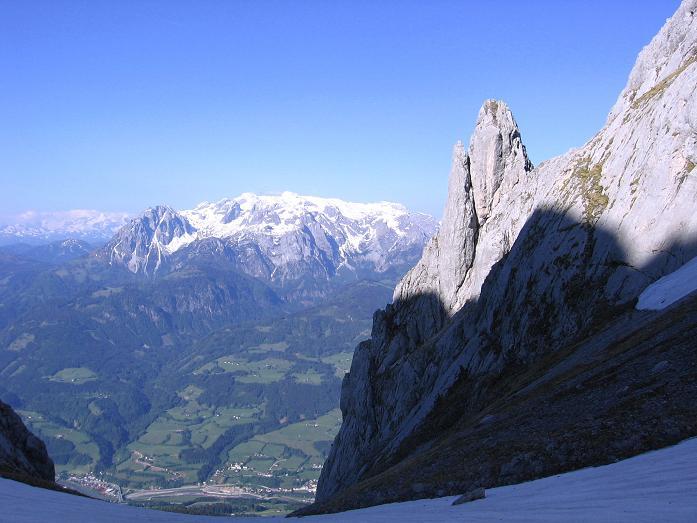 Foto: Andreas Koller / Wander Tour / Raucheck über die Hochthron-Leiter (2431 m) / Kleines Fieberhorn (2157 m) und Hochkönig (2941 m) aus dem Throntal / 15.05.2007 01:47:02