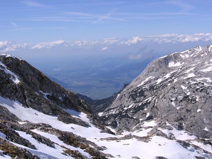 Foto: Andreas Koller / Wander Tour / Raucheck über die Hochthron-Leiter (2431 m) / Blick nach Stadt Salzburg / 15.05.2007 01:50:11