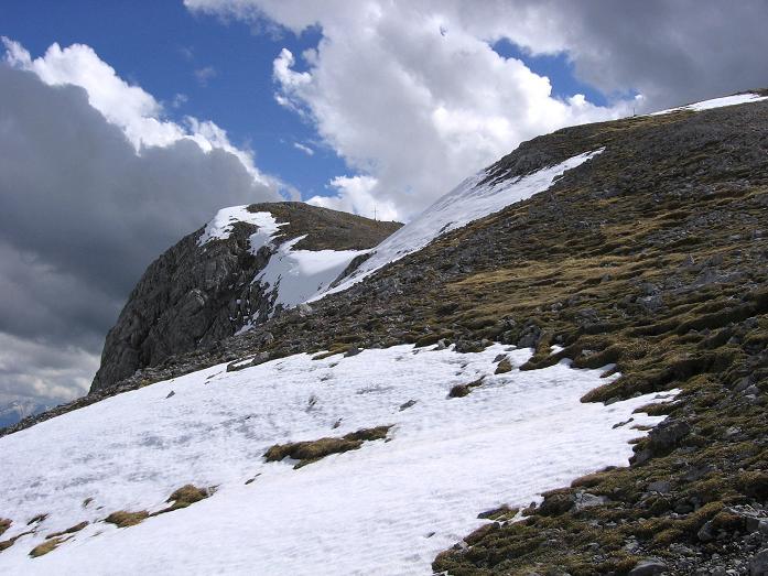 Foto: Andreas Koller / Wander Tour / Raucheck über die Hochthron-Leiter (2431 m) / Gipfelaufbau Raucheck im Abstieg / 15.05.2007 01:52:26