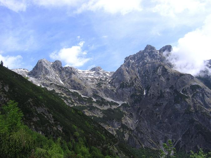 Foto: Andreas Koller / Wander Tour / Raucheck über die Hochthron-Leiter (2431 m) / Die Eiskögel (2321 m) / 15.05.2007 01:43:56