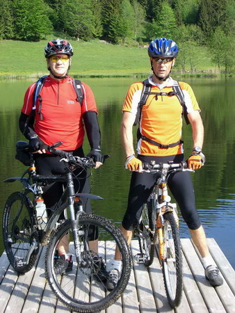 Foto: holdi / Mountainbiketour / Dachsteinrunde (leichte Variante in 3 Tagen) / 15.05.2007 21:47:32