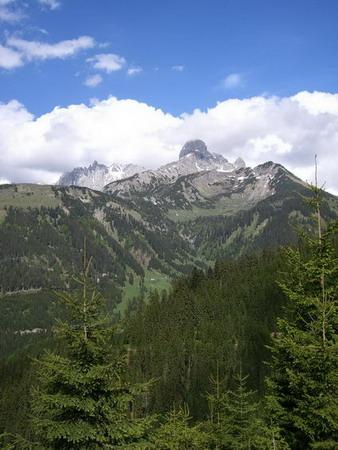 Foto: holdi / Mountainbiketour / Dachsteinrunde (leichte Variante in 3 Tagen) / 15.05.2007 21:54:53