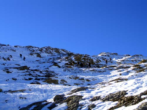Foto: vince 51 / Wandertour / Von der Tilisunahütte auf die Sulzfluh (2818m) / Westrücken fast erreicht / 17.05.2007 16:09:09