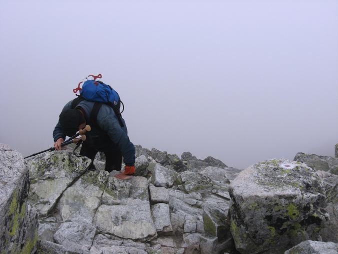 Foto: Andreas Koller / Wandertour / Rysy - Paradeberg der Hohen Tatra (2503 m) / Abstieg vom Rysy / 21.05.2007 18:57:18