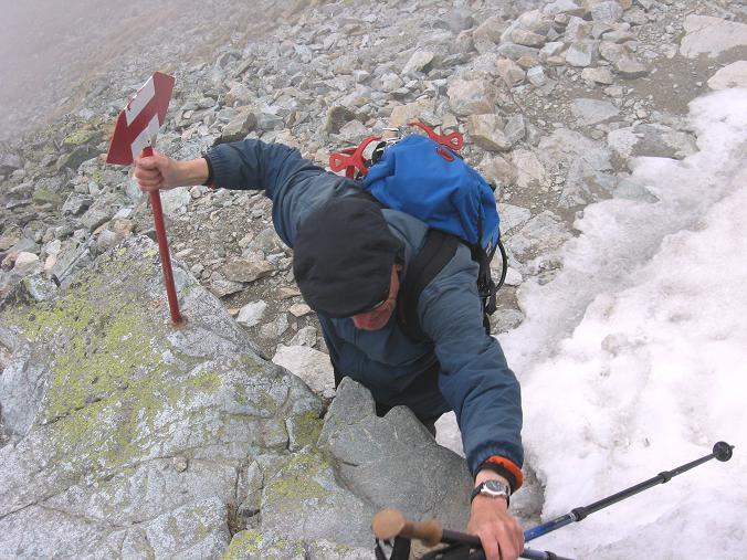 Foto: Andreas Koller / Wandertour / Rysy - Paradeberg der Hohen Tatra (2503 m) / Leichte Kletterstellen  / 21.05.2007 18:58:09