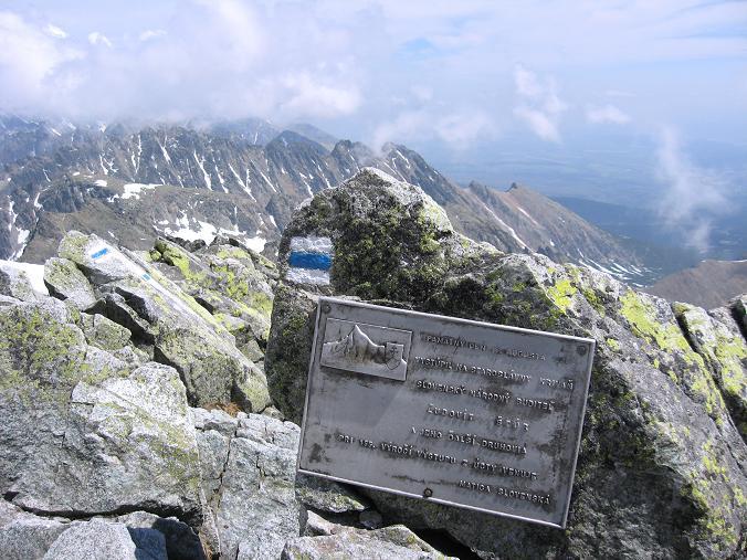 Foto: Andreas Koller / Wander Tour / Krivan von Strbske pleso (2494 m) / Blick nach O in die Tatra / 21.05.2007 19:40:17
