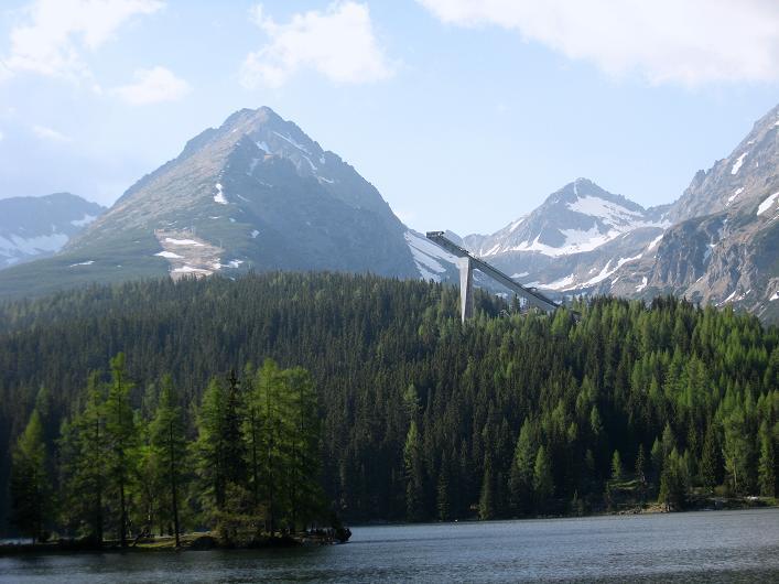Foto: Andreas Koller / Wander Tour / Krivan von Strbske pleso (2494 m) / Sprungschanzen von Strbske pleso / 21.05.2007 19:45:23