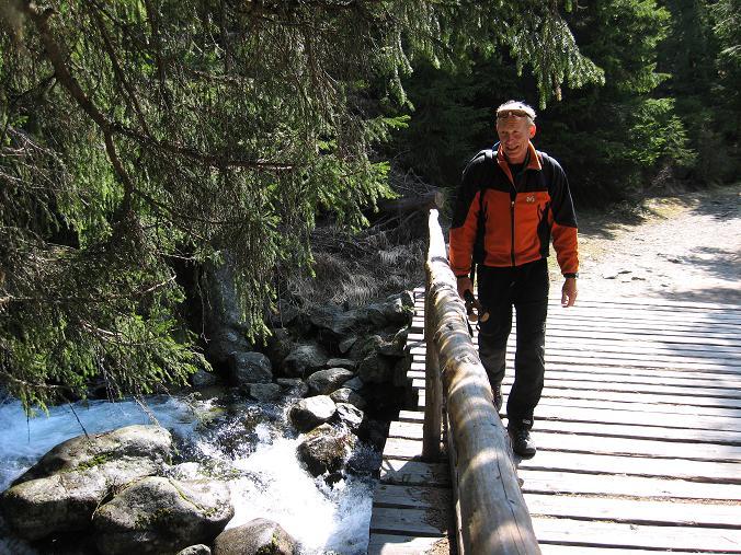Foto: Andreas Koller / Wander Tour / Krivan von Strbske pleso (2494 m) / Bäche und Seen in der Tatra / 21.05.2007 19:37:11