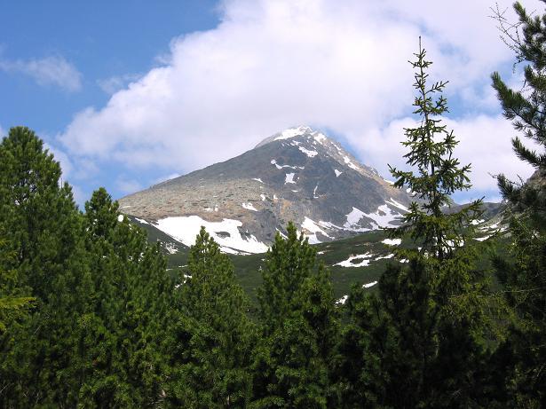 Foto: Andreas Koller / Wander Tour / Krivan von Strbske pleso (2494 m) / Erster Blick auf den Krivan / 21.05.2007 19:37:43