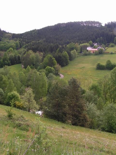 Foto: Jürgen Lindlbauer / Mountainbiketour / Von Unterweitersdorf nach Ottenschlag im Mühlkreis / Blick von Pfaffendorf Richtung Osten ins kleine Gusental / 21.05.2007 22:21:38