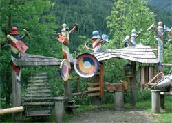 Foto: Tirol Werbung / Wander Tour / Adlerweg Etappe O 02 - Kühler Schatten für heiße Tage / 26.07.2007 10:32:26