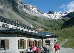 Foto: Tirol Werbung / Wandertour / Adlerweg Etappe O 08 - Dem Großglockner nahe kommen / 26.07.2007 10:38:42