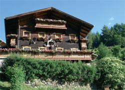 Foto: Tirol Werbung / Wander Tour / Adlerweg Etappe O 10 - Mitten hinein ins Paradies / 26.07.2007 10:39:57