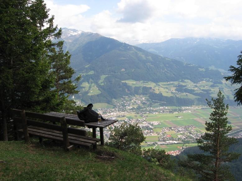Foto: mucho / Mountainbike Tour / Ochsenhag / Ochsenhag, Rastbank mit Blick über Schwaz / 25.05.2007 21:00:38
