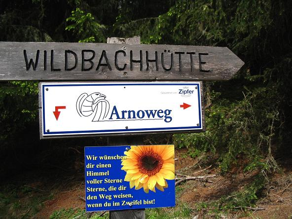 Foto: Andreas Koller / Wander Tour / Gummaberg und Kreuzhöhe (2566 m) / Der Weg zur Wildbachhütte kann nicht verfehlt werden / 28.05.2007 10:48:02