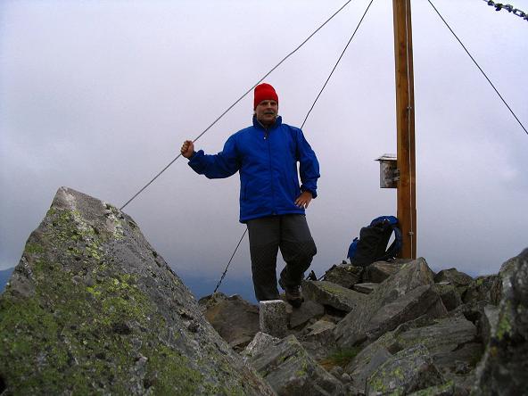 Foto: Andreas Koller / Wander Tour / Gummaberg und Kreuzhöhe (2566 m) / Am Gipfel der Kreuzhöhe / 28.05.2007 10:41:02