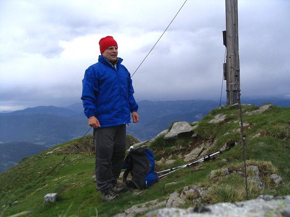 Foto: Andreas Koller / Wander Tour / Gummaberg und Kreuzhöhe (2566 m) / Am Gipfel des Gumma / 28.05.2007 10:44:37