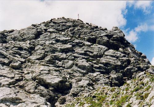 Foto: vince 51 / Wander Tour / Von der Memminger Hütte auf die Oberlahmsspitze (2658m) / Südwand des Oberlahmsjöchelkopfes, durch die der Anstieg führt / 28.05.2007 22:04:22