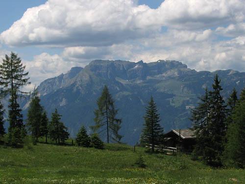Foto: Lenswork.at / Ch. Streili / Mountainbike Tour / Alpbach - Bischoferalm - Holzalm (Route: 304 MTB Tour tiris) / 02.07.2007 13:44:53