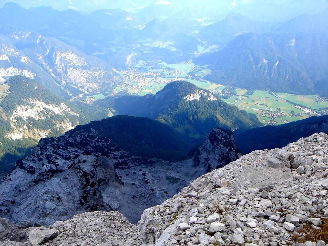 Foto: Manfred Karl / Wander Tour / Großes Ochsenhorn über Schärdinger Steig / Tiefblick nach Lofer / 16.06.2007 00:11:59